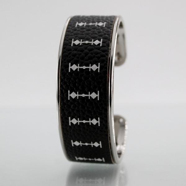 Bracelet LARZO Jonkar LARMADA Totem Blanc sur cuir